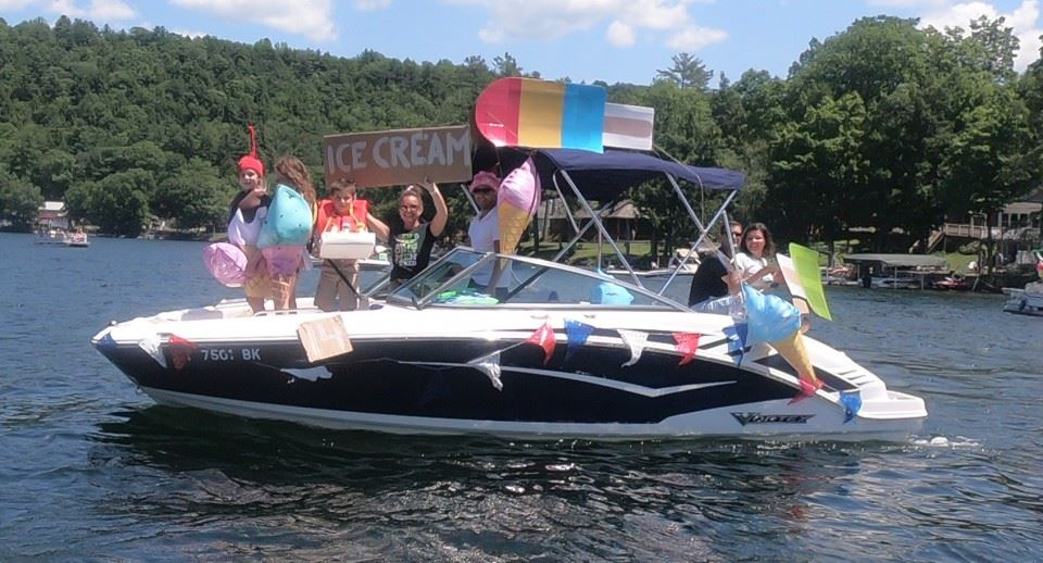 8th Annual Lake St. Catherine Association Boat Parade - Most Original